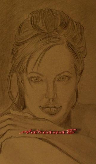 Angelina Jolie por AdrianaB
